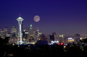 120420_seattle_moon_lg